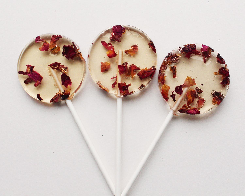 edible rose lollipops