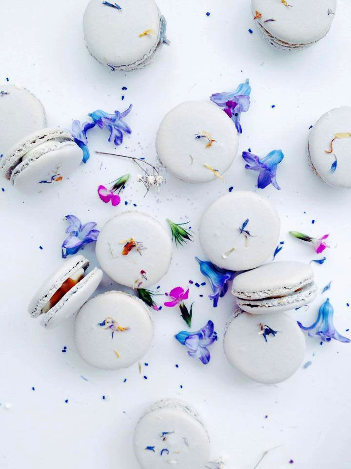 edible flower macaroons